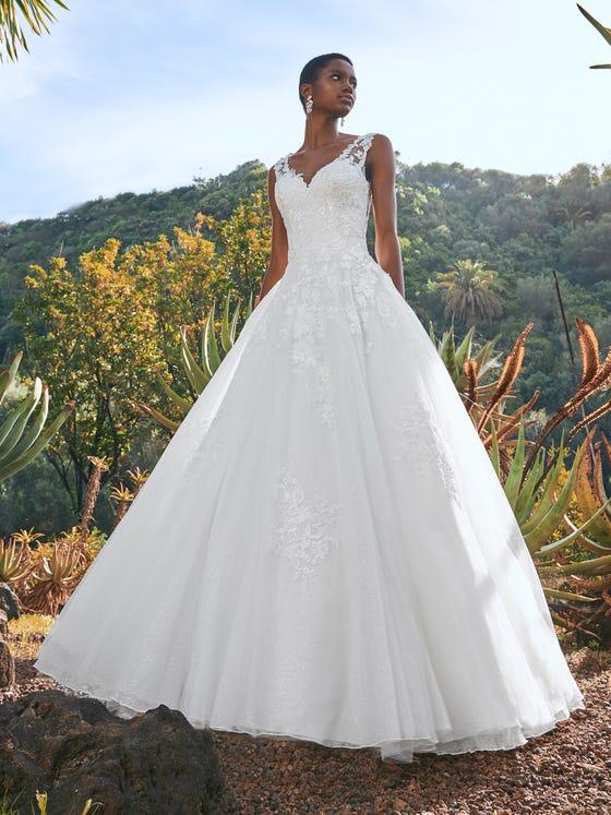 parte delantera vestido novia a line escote corazon tul bordado borealis