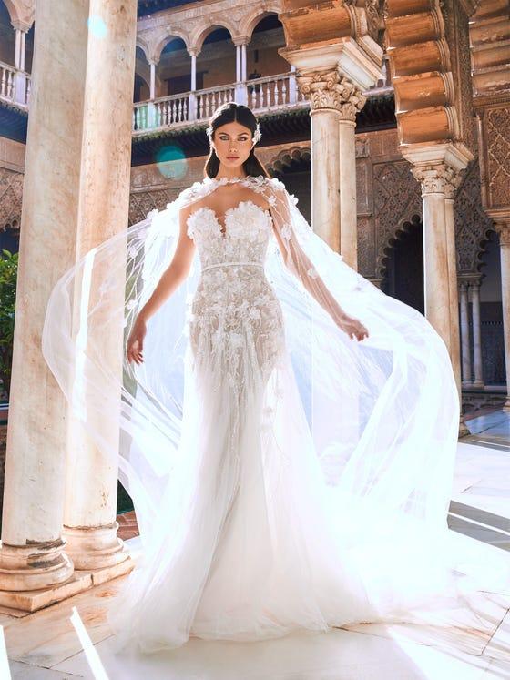parte delantera vestido novia fitflare escote corazon jerez