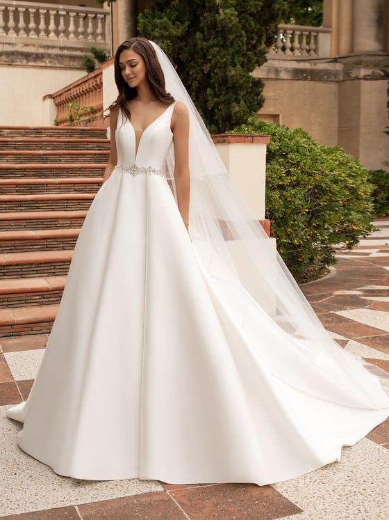 wedding-dress-princess-mikado-with v-back