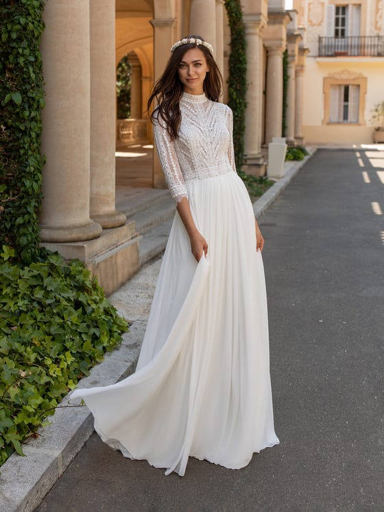 wedding-dress-boho-chic-long-sleeves