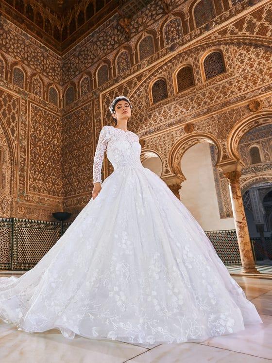 parte delantera vestido novia princesa escote corazon encaje natrun